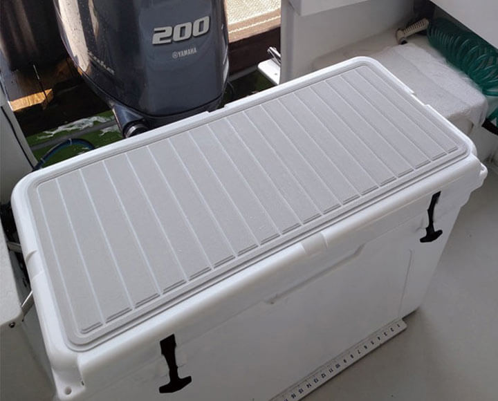 White cooler pad in use